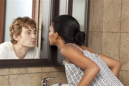 Coach Practitioner - Kijk jezelf in de spiegel en zie iemand anders