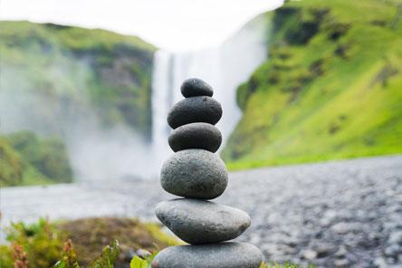 Stapel stenen waarbij iedere steen belangrijk is